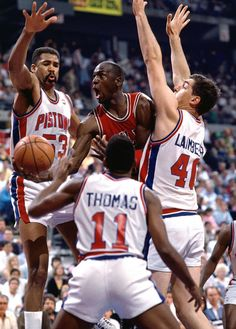 Michael Jordan Chicago Bulls Detroit Pistons Bill Lambier Isaiah Thomas James Edwards