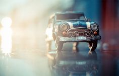 Tiny Cars, Big Adventures photos of miniature Volkswagon buses off-roading on sandy beaches, tiny VW Beetles careening over boulders, and small vintage scooters racing down slick city streets? By playing with perspectives, Swiss photographer Kim Leuenberger has so creatively captured the theatrical adventures of her collection of toy cars.