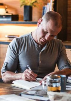 Tim Ferriss, author of The 4-Hour Workweek, shares his philosophies on productivity and managing your life.