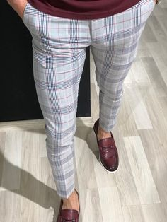 Slim Fit Plaid Pants in Claretred is part of Mens pants fashion - Available Size 303132333436 Pants material viscose , polyester , elestanMachine washable Yes Fitting slimfit Mens Fashion Suits, Fashion Pants, Look Fashion, Mein Style, Plaid Pants, Men's Pants, Slim Fit Pants, Mens Clothing Styles, Menswear