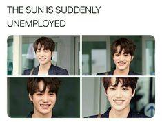 Most beautiful smile ❤ exo kai Exo Kai, Chanyeol, Kai Arts, Dancing King, Kim Minseok, Exo Memes, Important People, Heechul, Kaisoo