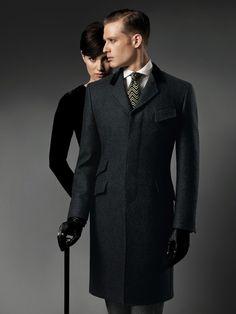 Paul Stuart | elegant men's outerwear: coat and accessories