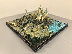 Lego Hogwarts Castle | Mathieu BL | Flickr Lego Hogwarts, Lego Building Sets, Micro Lego, Lego Sculptures, Lego Pictures, Cool Lego Creations, Lego Worlds, Lego Architecture, Lego Harry Potter