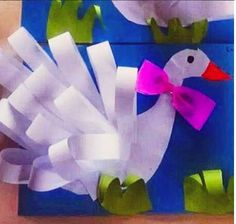 Crafts,Actvities and Worksheets for Preschool,Toddler and Kindergarten.Lots of worksheets and coloring pages. Kids Crafts, Preschool Crafts, Projects For Kids, Art Projects, Arts And Crafts, Paper Crafts, Paper Swan, Birthday Board, Animal Crafts