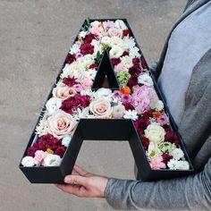 Flower Box Gift, Flower Boxes, Diy Birthday, Birthday Gifts, Craft Gifts, Diy Gifts, Flower Packaging, Flower Letters, Luxury Flowers