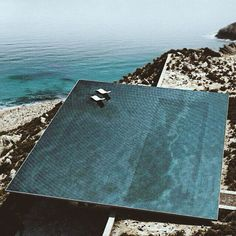 maidensydney:  Inspired by picture perfect Greece today…. Infinity pool, Greece. Let's go @tarrachong!!