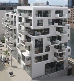 40 Unique Architecture Design Of Modern Apartment Architecture Design, Facade Design, Exterior Design, Asian Architecture, Education Architecture, Building Architecture, Residential Architecture, Building Facade, Building Exterior