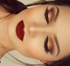 Holiday glam! Using the @bhcosmetics @carlibel eyeshadow palette