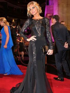 Samara Weaving - luvd her dress at the Logies