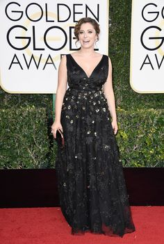 Golden Globes 2017: Fashion From the Red Carpet - Rachel Bloom