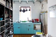 Dealing with tiny kitchens: Apartment Therapy