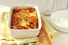 Baked Salmon and Veggie Casserole Vegetarian Lasagne, Vegetarian Recipes, Cooking Recipes, Veg Dishes, Vegetable Dishes, Vegetable Bake, Veggie Bake, Side Dishes, Veggie Casserole