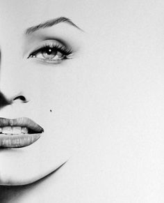 Claudia Schiffer Minimalism Pencil Drawing Fine Art Portrait Signed Print More from IleanaHunter Marilyn Monroe Minimalism Pencil Drawing . Marilyn Monroe Tattoo, Marilyn Monroe Dibujo, Zeichnung Marilyn Monroe, Marilyn Monroe Drawing, Marilyn Monroe Artwork, Marilyn Monroe Portrait, Image Deco, Pencil Portrait, Portrait Art