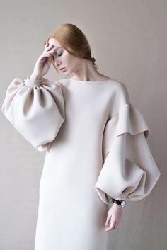 balloon sleeves の off-white ivory pale beige dress puffed sleeve dress Muslim Fashion, Hijab Fashion, Fashion Beauty, Girl Fashion, Fashion Dresses, Womens Fashion, Simple Dresses, Elegant Dresses, Beautiful Dresses