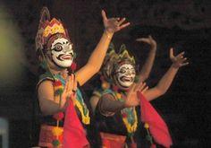 Tari Topeng Kuncaran Jawa Barat