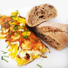 Rychlé fitness recepty do 30 minut Breakfast Recipes, Sandwiches, Pizza, Eggs, Fitness, Healthy Recipes, Bread, Cooking, Dna