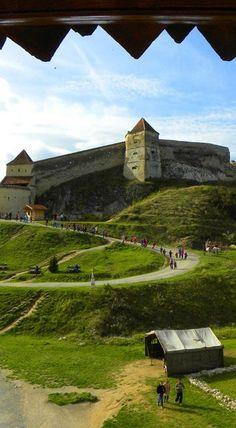 Rasnov Citadel, Transylvania, Romania: http://bbqboy.net/highlights-around-brasov-romania-including-bran-castle/ #rasnov #romania