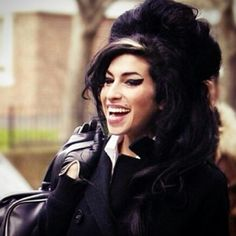#RIPAmyWinehouse #QueenofJazz #3yearsdeprived #missyou