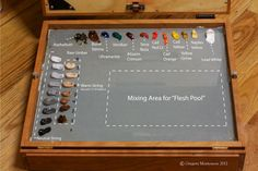 This is the pallette I use for portraits. The colors include: Asphaltum, Raw Umber, Burnt Sienna, Ultramarine, Veridian, Alizarin Cri...