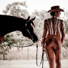 """Horse show style tip 