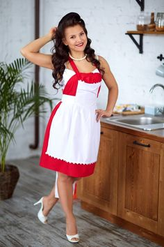 Mother Teach, Domestic Goddess, Super Cute Dresses, Housewife, Old Women, Shoe Boots, Shoes, That Look, Classy
