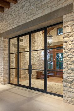 Glass doors entrance that match glass walls. The Doors, Entrance Doors, Patio Doors, Windows And Doors, Sliding Doors, Door Design, Exterior Design, House Design, Carport Modern