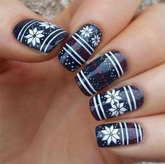 7 Sweater Nail Art Designs You'll Obsess Over: #4. Sweater Print