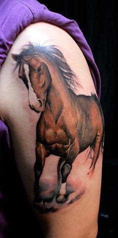 The full horse design on this woman's side came out great.  It is very detailed and looks like a picture.