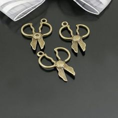 30pcs Jewelry fashion findings 23x19 MM metal round by aliyafang, $7.89