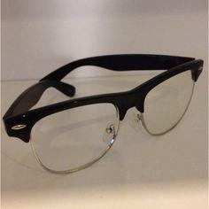 exactamente así van a ser mis próximos anteojos. Un look hipster.