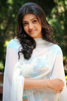 Kajal Agarwal Looks Gorgeous In Churidar Salwar Kameez Indian Film Actress, South Indian Actress, Indian Actresses, Cinema Actress, Beautiful Heroine, Beautiful Girl Image, Beautiful Women, Beautiful Smile, Beautiful Bollywood Actress