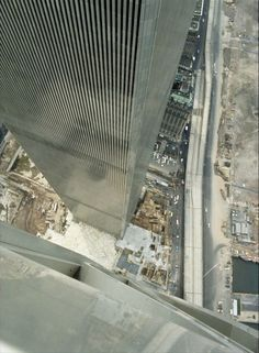 Here it is, the MEGA WTC picture thread where all pictures of the WTC pre are posted and we remember the Twin Towers. World Trade Towers, World Trade Center Nyc, Trade Centre, Flatiron Building, 11 September 2001, Ville New York, Belle Villa, Vintage New York, New York City