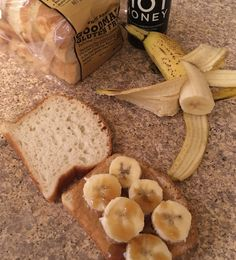 It's snack time! I know some people that like to toast the bread, so the peanut butter melts. How do you like your PB&J? #glutenfree Dairy Free Appetizers, Dairy Free Snacks, Toddler Snacks, Quick Snacks, White Bread, School Snacks, Party Snacks, Healthy Kids, Glutenfree
