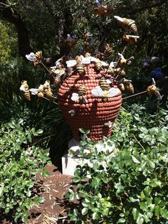 Don't miss a thrilling interactive art demo by Donna Billick. This ceramic artist legend will be presenting her Bee Hive demo at 10/19 at the Civic Center Plaza in SF!!! CAA!
