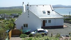 Teach Norah is a superbly located holiday home situated in Downings, Donegal