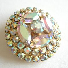 I love a vintage broach