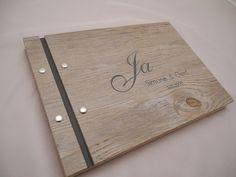 Edles Gästebuch  in  moderner Holzoptik