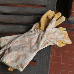 Ethel Rose Gauntlet Gardening Gloves from the Harrod Horticultural garden accessories range. Attractively designed for keen gardeners. http://www.harrodhorticultural.com/garden-accessories-tcid139.html