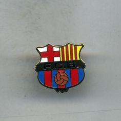 SM  BARCELONA  SPANISH  FOOTBALL PIN BADGE