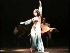 """Amoura Latif """"Cafe Dance"""" Oriental Dance"""