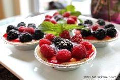 Fresh Berry CustardTart