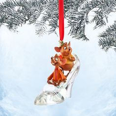 Disney Store - Jaq and Gus with Cinderella Slipper Sketchbook Ornament Hallmark Christmas Ornaments, Mickey Christmas, Hallmark Keepsake Ornaments, Christmas Books, Christmas Decorations, Christmas Stuff, Disney Figurines, Disney Merchandise, Hanging Ornaments