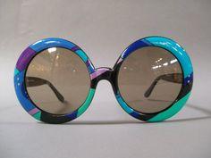 sunglasses Emilio Pucci sunglasses (I ha - 70s Sunglasses, Trending Sunglasses, Vintage Sunglasses, Sunglasses Outlet, Sports Sunglasses, Sunnies, Fashion 60s, Trendy Fashion, Fashion Ideas