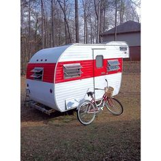 One Friday night in February, I found myself sitting on my sofa browsing Craigslist. This had been the norm for several months, as I was searching for a vintage travel trailer. I came across an ad …
