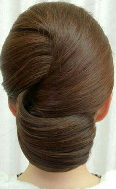 New Hair Updos Chignon Ideas Hair Up Styles, Medium Hair Styles, Hair Medium, Updo Styles, Short Styles, Homecoming Hairstyles, Wedding Hairstyles, Evening Hairstyles, Bridesmaid Hairstyles