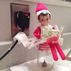Elf poop in mason jar- use a Christmas Hersey kiss. Put it in bottom of mason jar put elf in the sitting position and some toilet paper Christmas Activities, Christmas Traditions, A Shelf, Shelves, Shelf Elf, Elf On Shelf Names, Elf On Shelf Funny, Bad Elf, Elf Auf Dem Regal