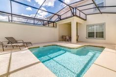 Storey Lake 4891 Kissimmee (Florida) Set 2.8 km from Disney's Hollywood Studios in Orlando, this holiday home features a barbecue. The air-conditioned unit is 3.8 km from Disney's Boardwalk. Free private parking is available on site.