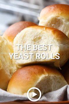 Dinner Rolls Easy, Sweet Dinner Rolls, Dinner Rolls Recipe, Best Yeast Rolls, Homemade Yeast Rolls, Tasty Videos, Food Videos, Sweet Bread Rolls Recipe, Southern Chicken