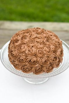 Chocolate Fudge Marble Rose Cake : Kendra's Treats Fall Wedding Desserts, Delicious Desserts, Dessert Recipes, Rose Cake, Chocolate Fudge, Cake Decorating, Marble, Treats, Cookies
