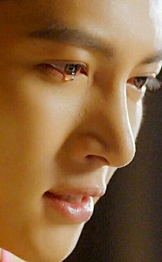 Pls, he kill me! Ji Chang Wook Smile, Ji Chang Wook Healer, Ji Chan Wook, Lee Dong Wook, Dong Hae, Korean Drama Best, Korean Drama Quotes, Asian Actors, Korean Actors